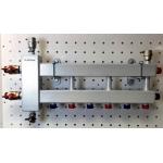 : фото Балансировочный коллектор компактный BMK-60-4D, 09Г2С, 2 стальных кронштейна K.UF